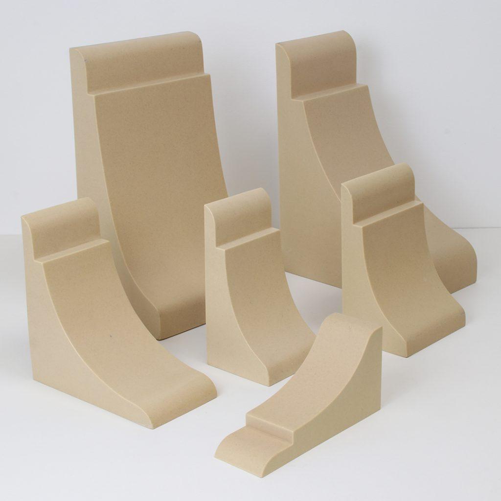 Family of Plain Shaker style corbels - Decora Mouldings - DecWOOD